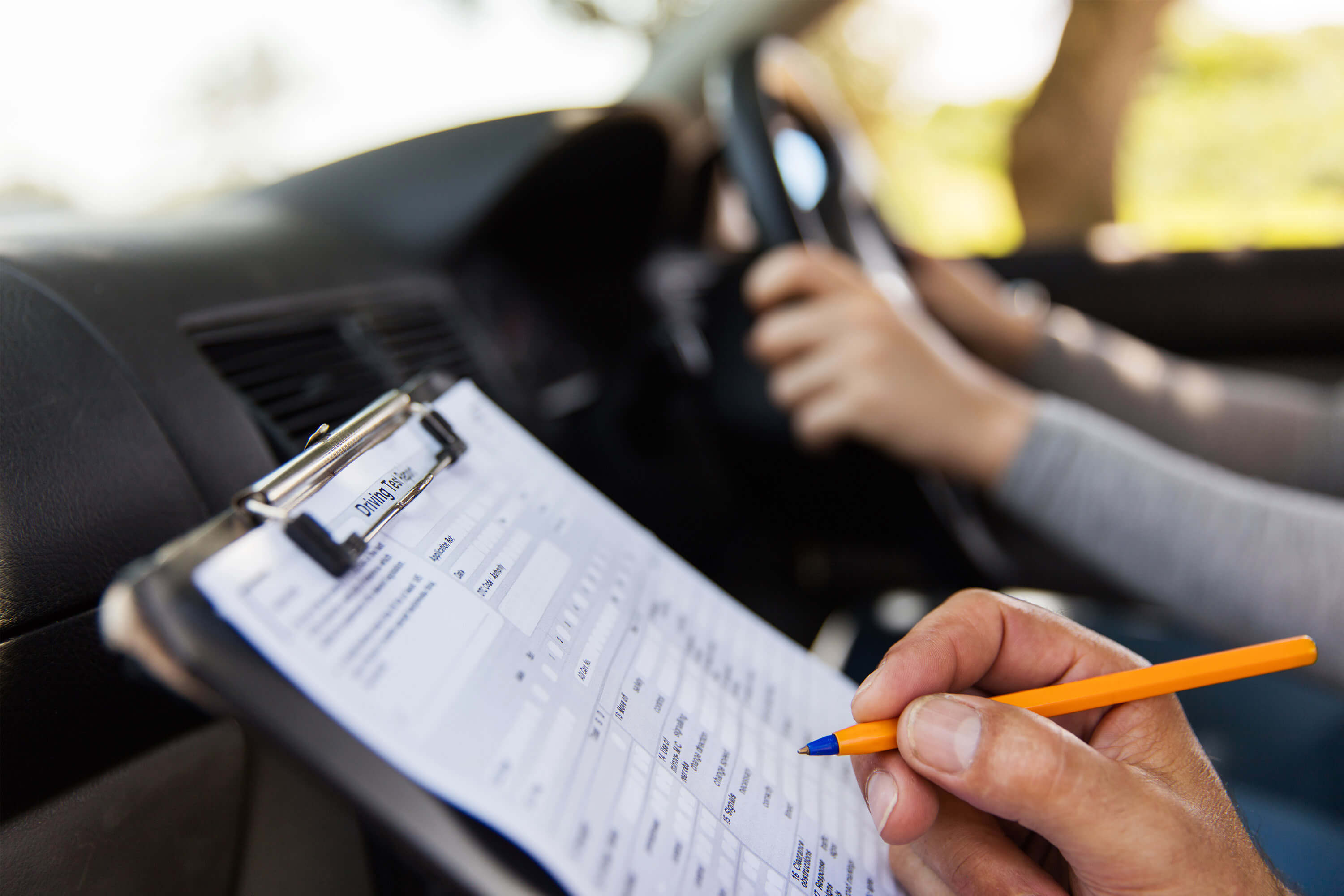 The Best Time to Take a Practical Driving Test | Dayinsure