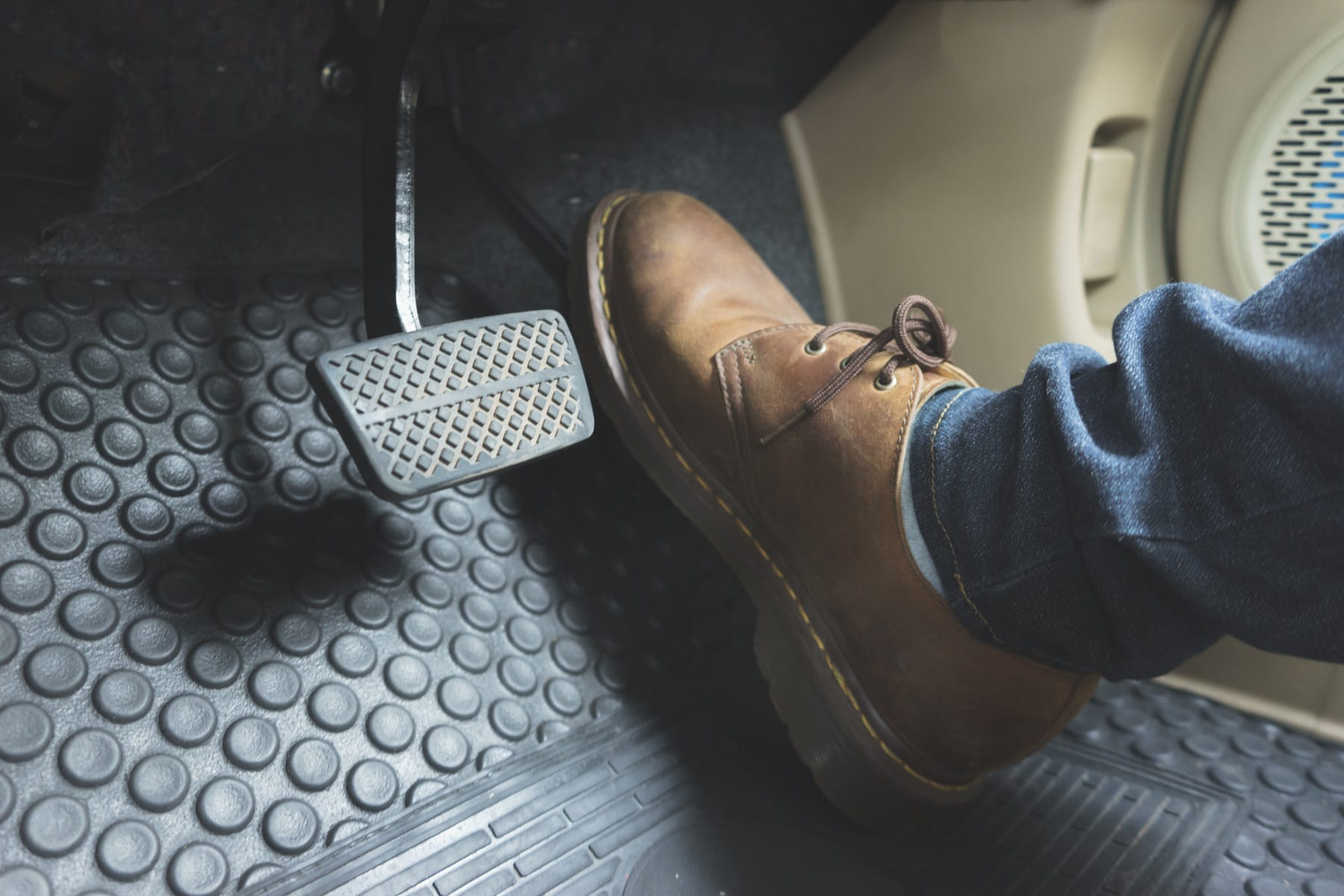 What are the best driving shoes?