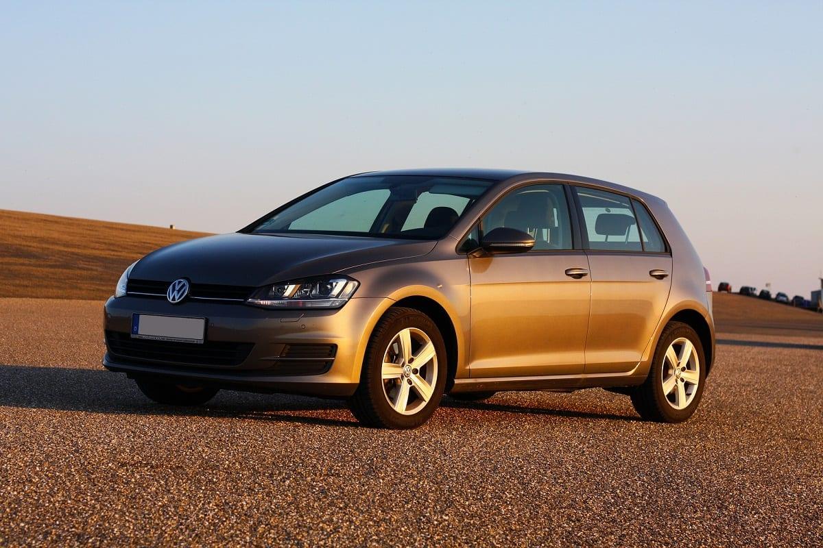VW Golf car